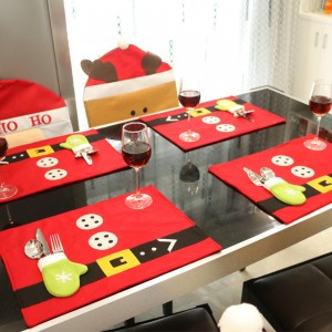 Christmas Decoration Tablecloth with Knives and Forks Bags