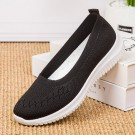 Women Flat Shoes Lightweight Breathable Round Toe Sneakers Walking Shoes Black